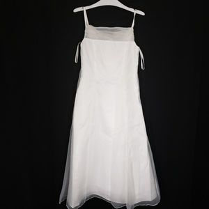 Size 6 Flower Girl Communion Dress Gown for Girls